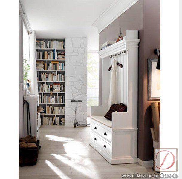 Schöne Garderobe, Ein Blickfang Für Ihre Wohnung, In Weiß Lackiert, Im Flur  Wie Im Schlafzimmer Einsetzbar.