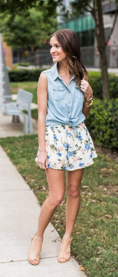 Cute sleeveless chambray with floral short