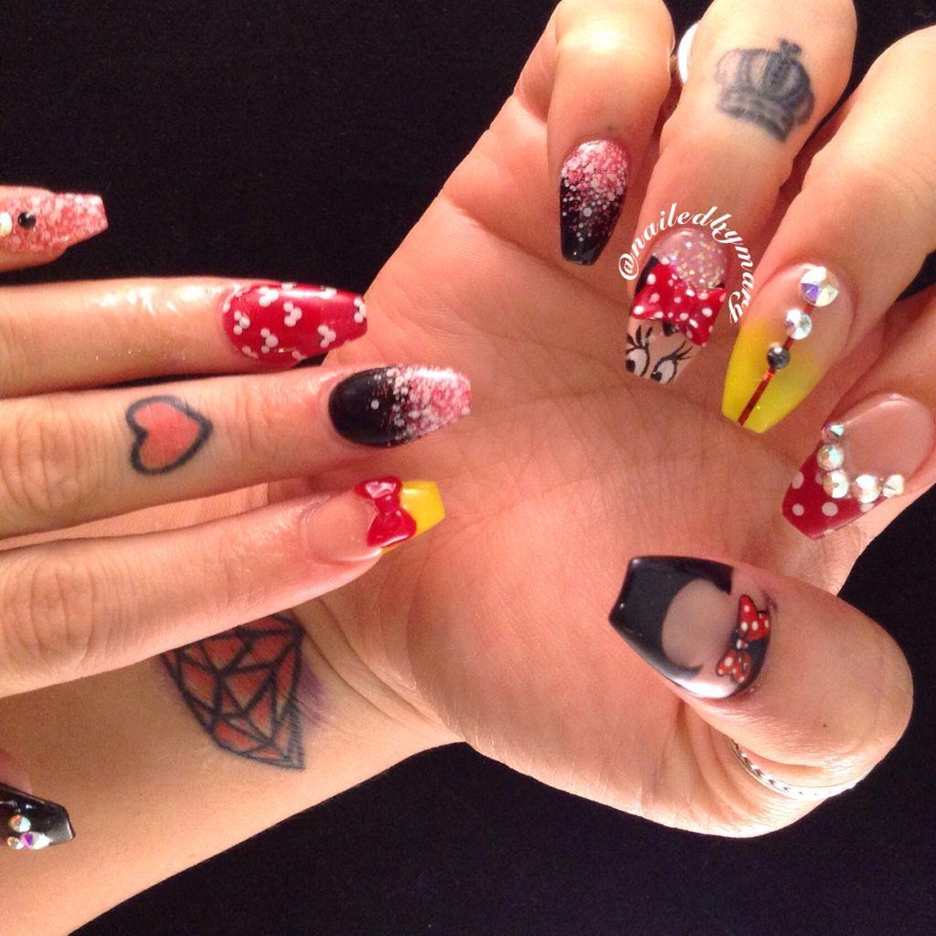 Disney Minnie Mouse Coffin Nails Disney Acrylic Nails Disney Nails Minnie Mouse Nails