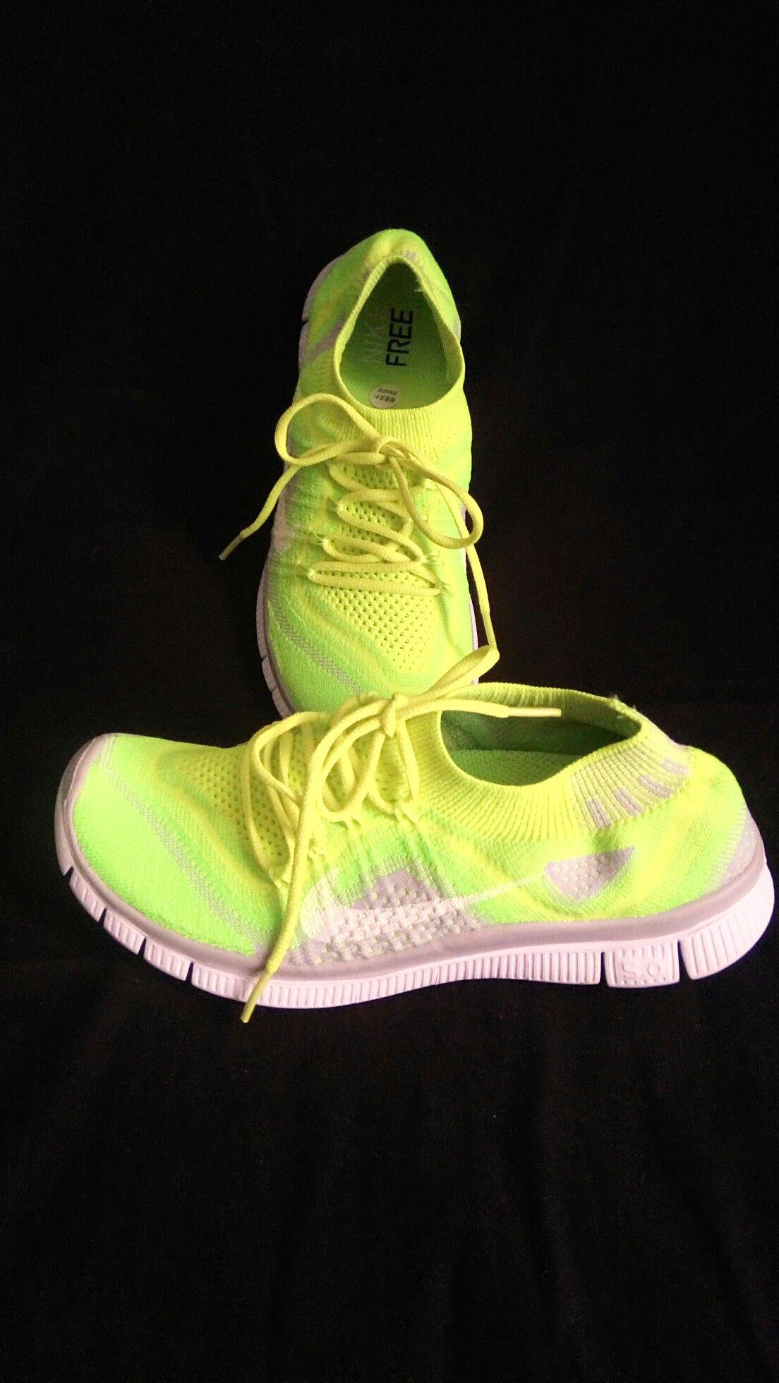 Nike amarillas ajustables | Love shoes | Nike amarillas