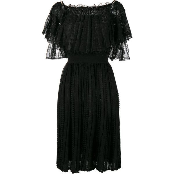 Alexander Mcqueen Alexander Mcqueen Off-Shoulder Lace Dress (49.075 ARS) ❤ liked on Polyvore featuring dresses, black, lace cocktail dress, short dresses, off the shoulder lace dress, 3/4 sleeve cocktail dress and off-the-shoulder lace dresses