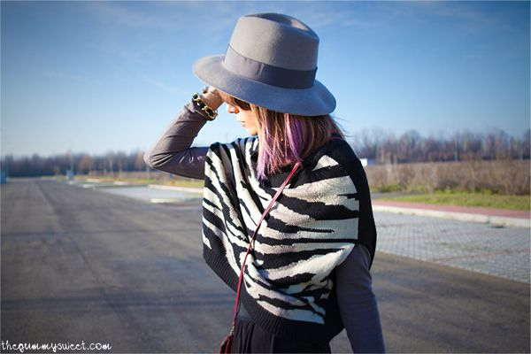 The Gummy Sweet - Elisa Bersani  Wearing A' la fois cape, H skirt, @BORSALINO hat, Bertie shoes