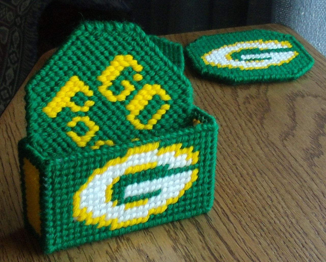 Plastic Canvas Coaster Set 4 With Holder Green Bay Packers By Wisconsinoldandnew On Etsy Plastic Canvas Coasters Plastic Canvas Plastic Canvas Crafts
