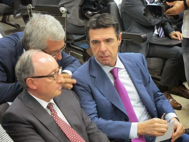 Soria ve buena noticia que haya petróleo en Marruecos.