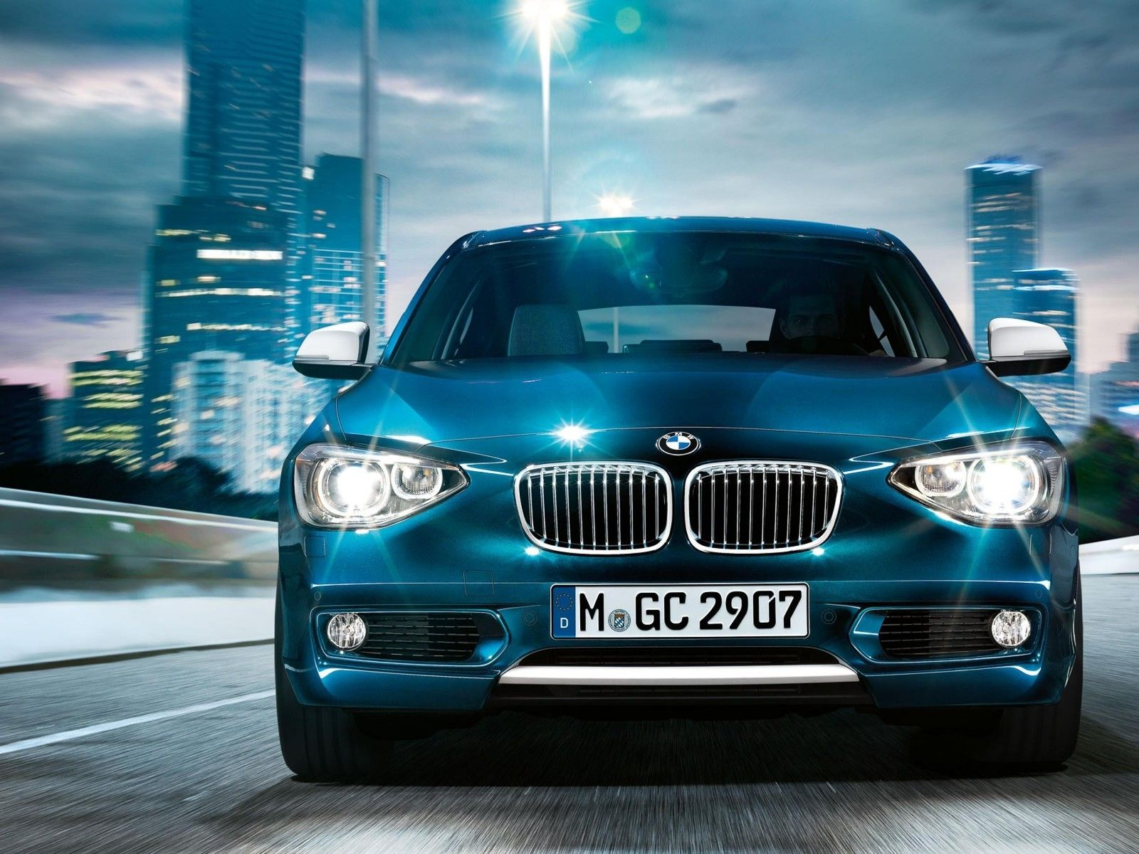 Bmw 3 Series Wallpapers Hd Download Bmw 1 Series Bmw Bmw Cars Full hd bmw car hd wallpaper download