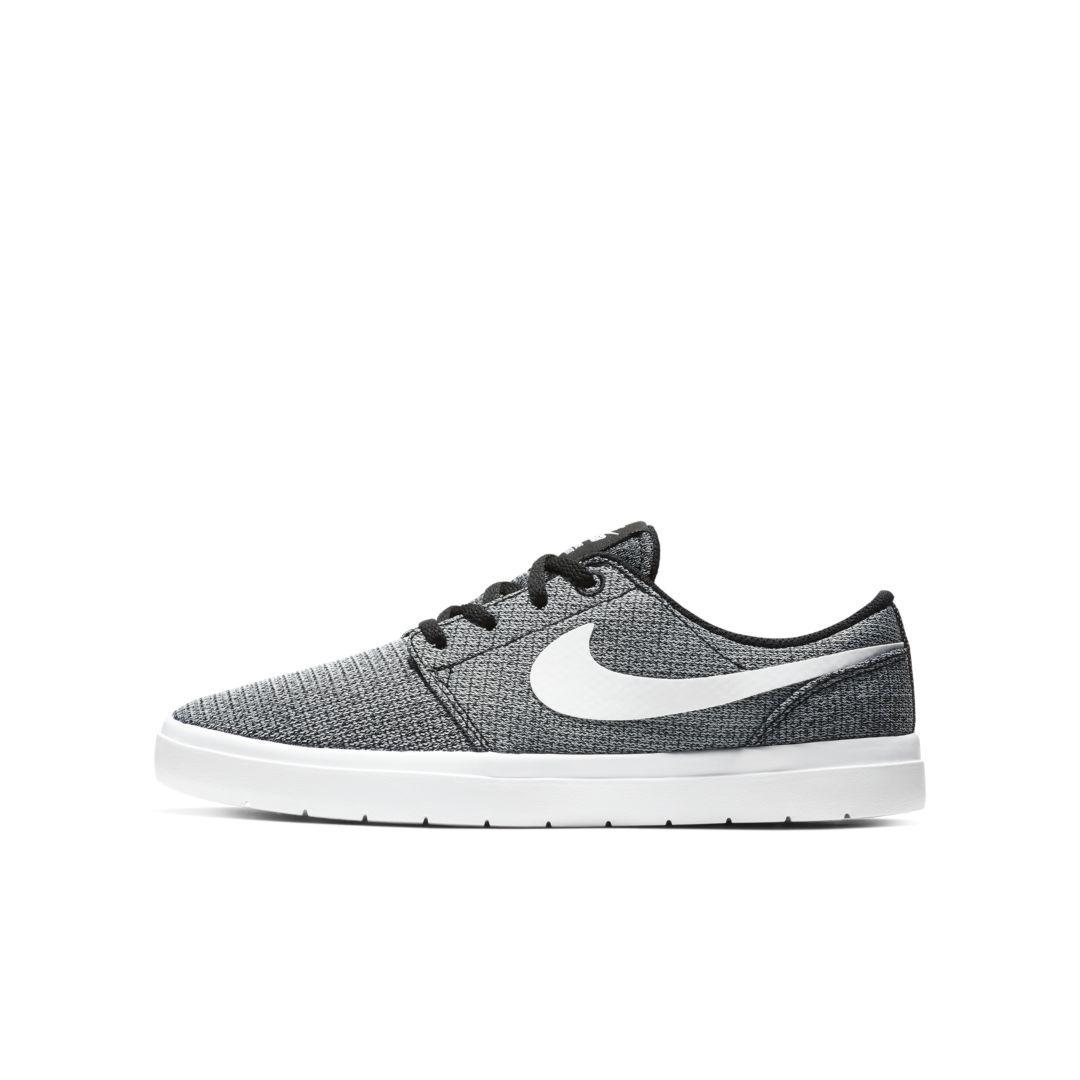 7cb6d2d4ee Nike SB Portmore II Ultralight Big Kids' Skateboarding Shoe Size 6.5Y (Black )