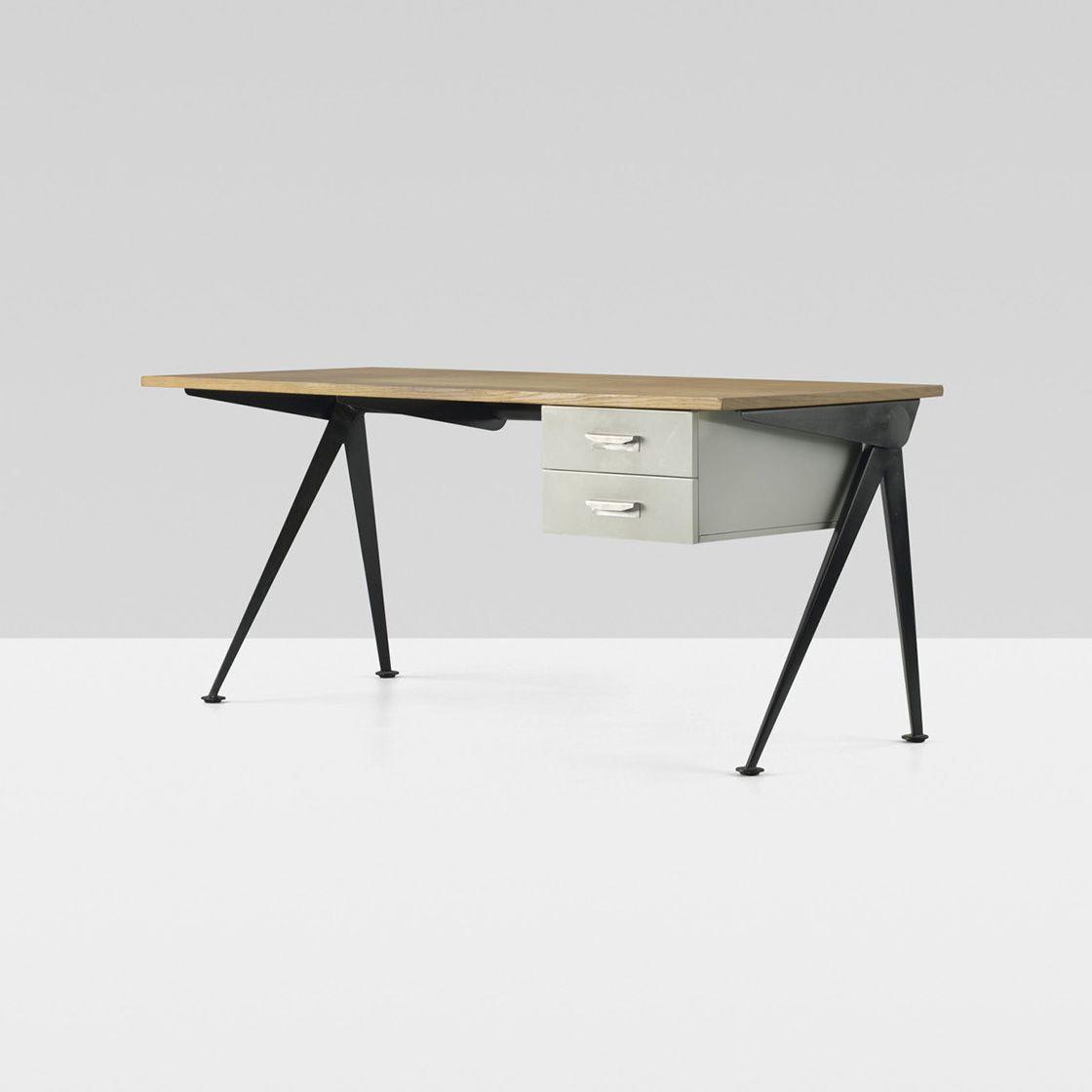 Compass Desk By Jean Prouve Avec Images Jean Prouve Mobilier