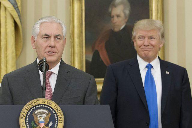 el actual secretario de estado de EE.UU. Rex Tillerson es un conocido enemigo de Venezuela, desde que siendo presidente de la Exxon Movil