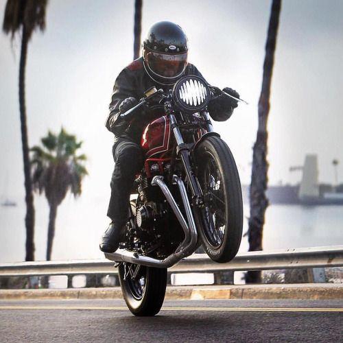 #WheelieWednesday with @lossaengineering on his Honda CB550.... #overbold #caferacer #motorcycle #bratstyle #bobber #custom #bcn #bikes #motorbike #bespoke #handmade #caferacer #overboldmotorco #tracker #streettracker #flattracker #honda #yamaha #suzuki #ossa #triumph #bmw #guzzi #motoporn #lifestyle #cafexxx #dirttrack #flattracker