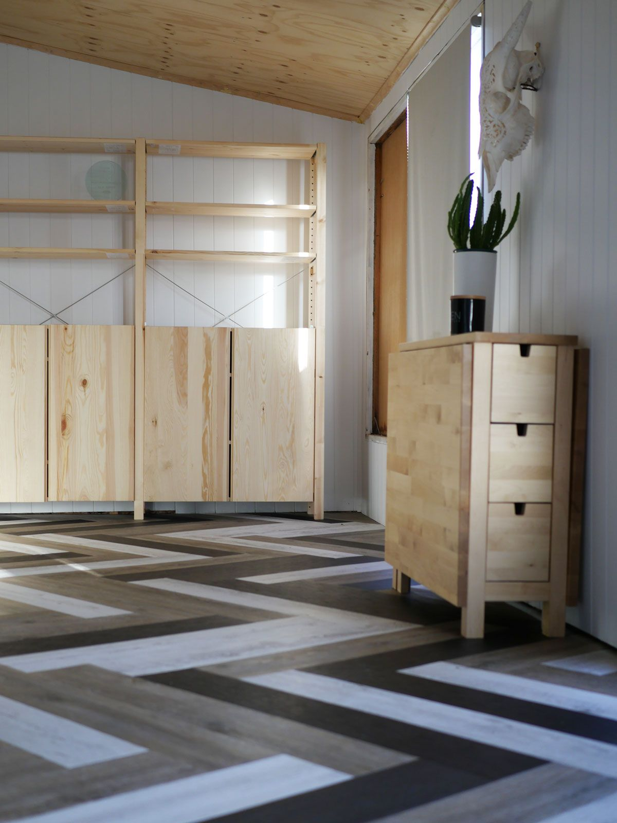 Herringbone Tile Floor Pattern