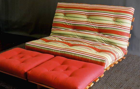 Sofa Cama de Futon, feito com tecido impermeável e madeira ...