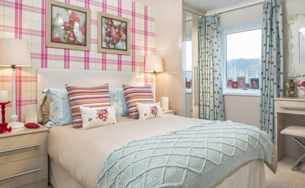Interior Designed Modern Guest Bedroom Teenage Girl S Room Bold