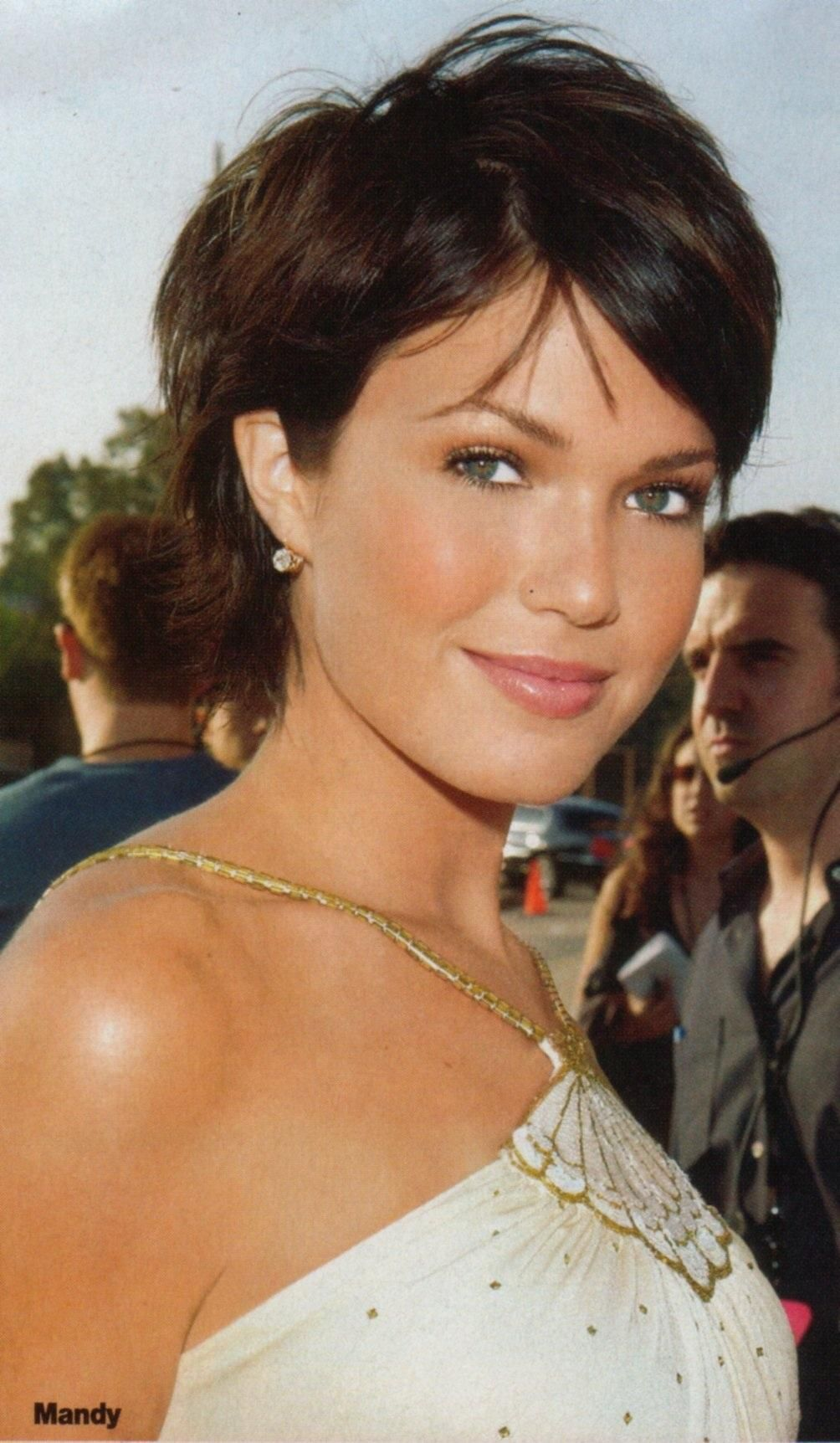 Mandy moore short hair style coupe pinterest mandy moore short