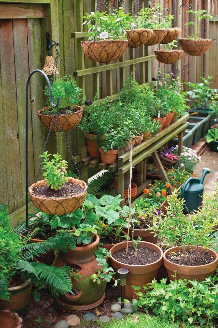 A La Verticale De Soi : verticale, Jardin, #balcon, #verticale, Esprit-authentique-pots-tressés, Idées, Jardin,, Jardins,, Comestible