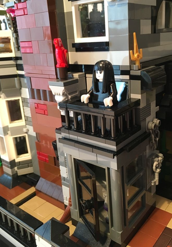 Pin On Legos Haunted Houses