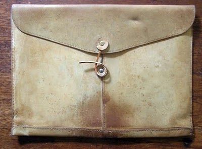 the return of the simple leather satchel.