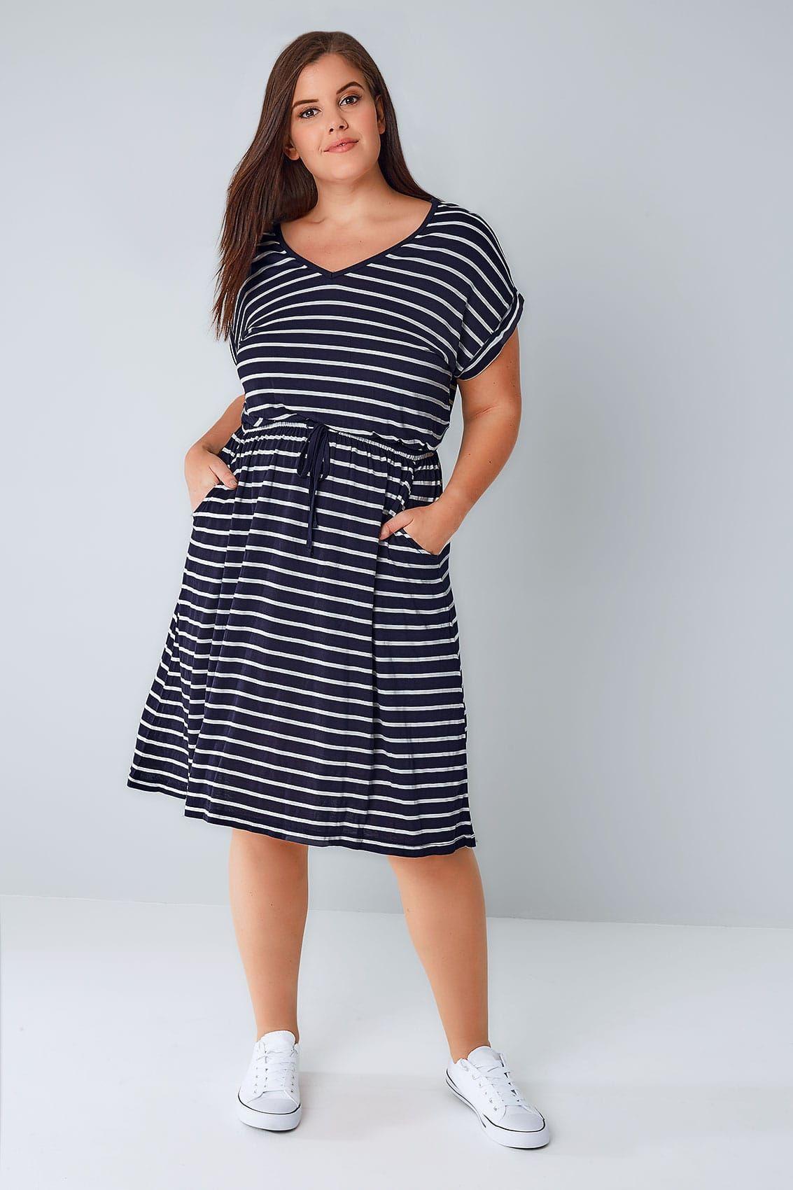 Navy White Stripe T Shirt Dress With Pockets Elasticated Waistband Maxi Dress Evening Glamorous Evening Dresses Striped T Shirt Dress [ 1700 x 1133 Pixel ]