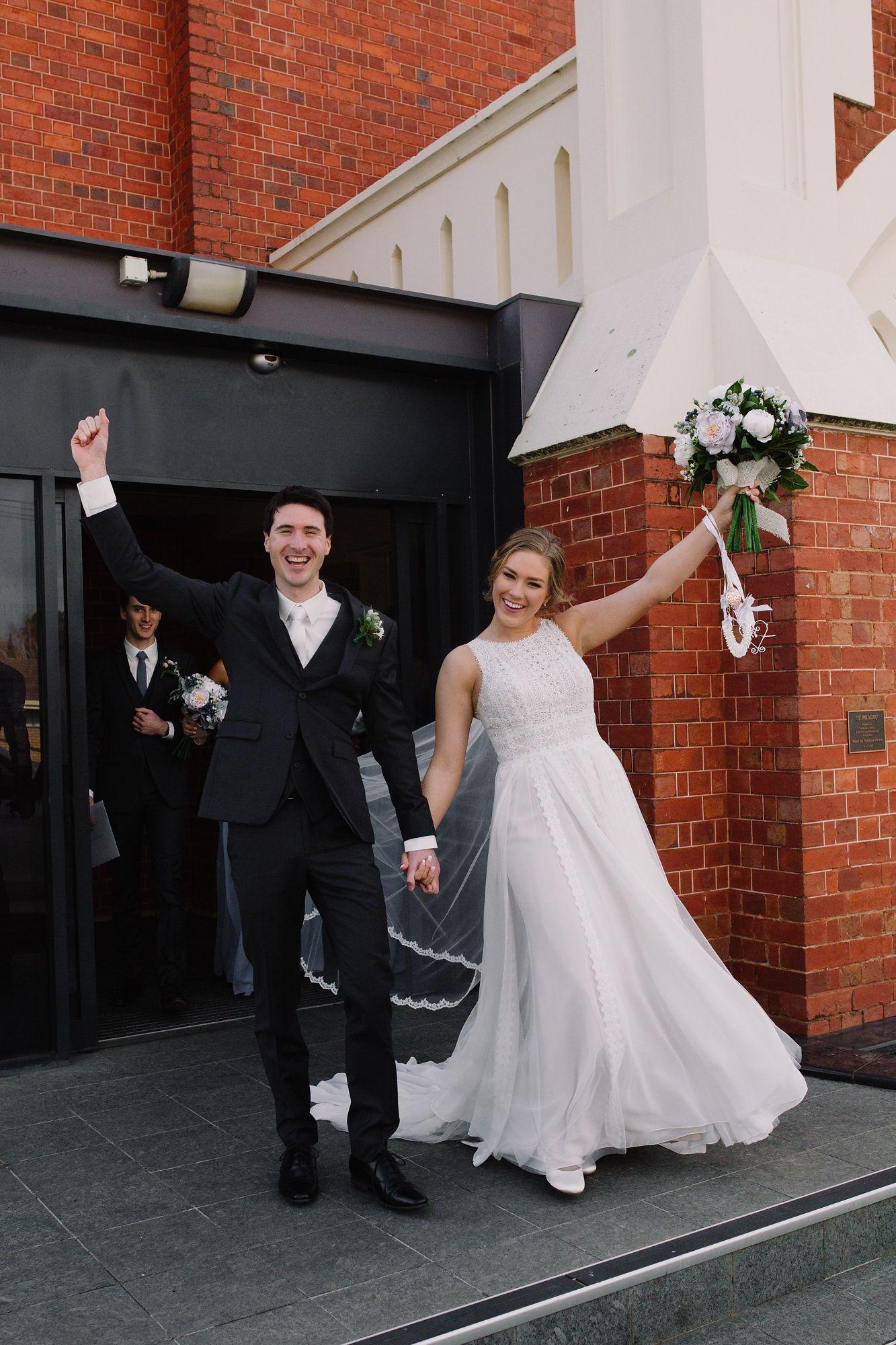 ALYSSA + HAYDEN RCREALBRIDE Alyssa wore the Darian by