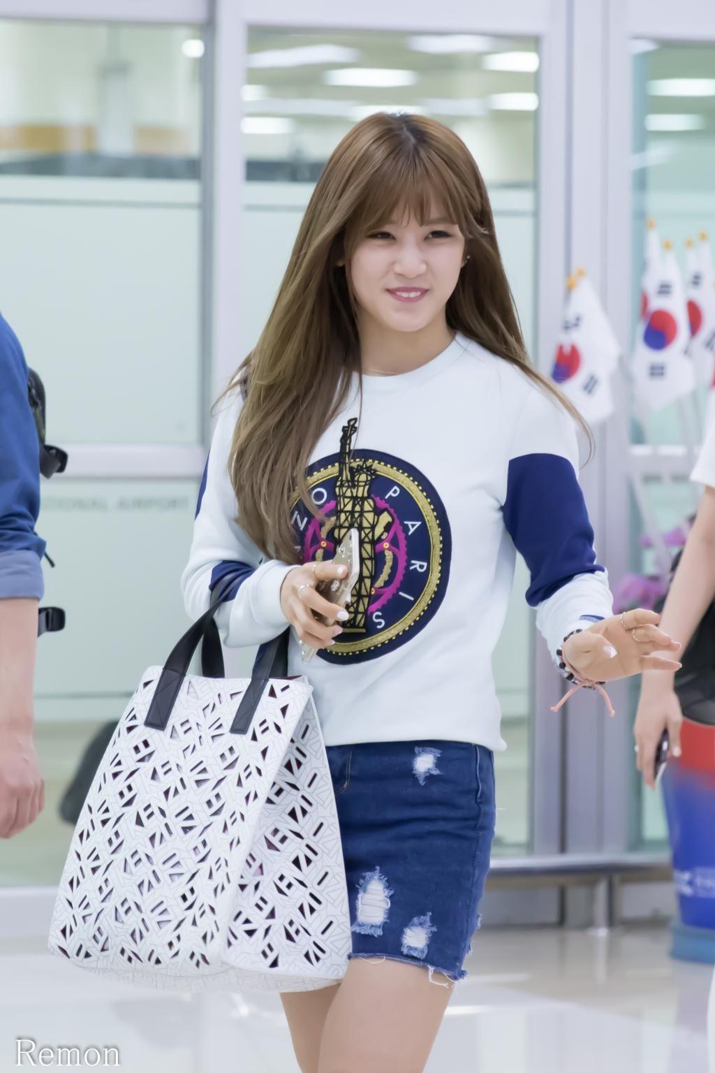 """""""150523 #Apink Chorong (@Apinkpcr ) at Gimpo Airport"""""""