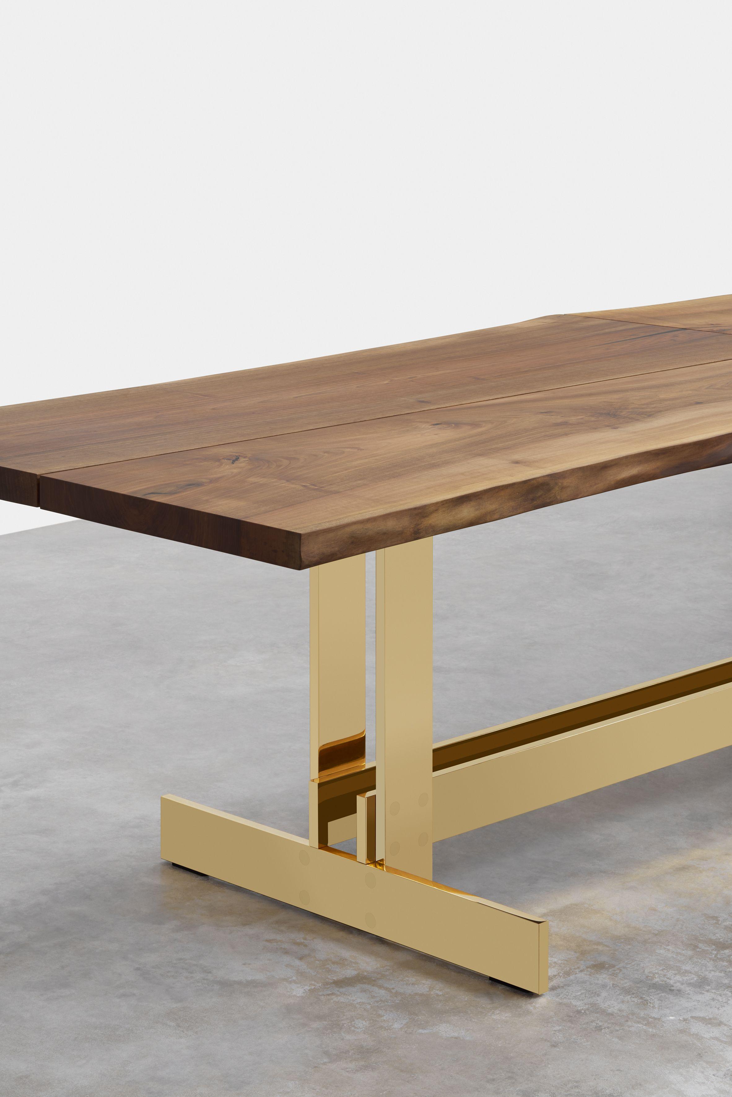Solid Brass Base Meets Solid Walnut Top E15 S Signature Table Trunk Ii E15 Com E15 Selected E Metal Leg Dining Table Brass Dining Table Dining Table Legs [ 3543 x 2364 Pixel ]