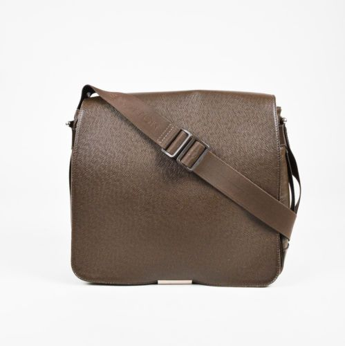 ed43fe42d4ca Louis-Vuitton-Dark -Brown-Army-Green-Taiga-Leather-034-Viktor-034-Messenger-Bag