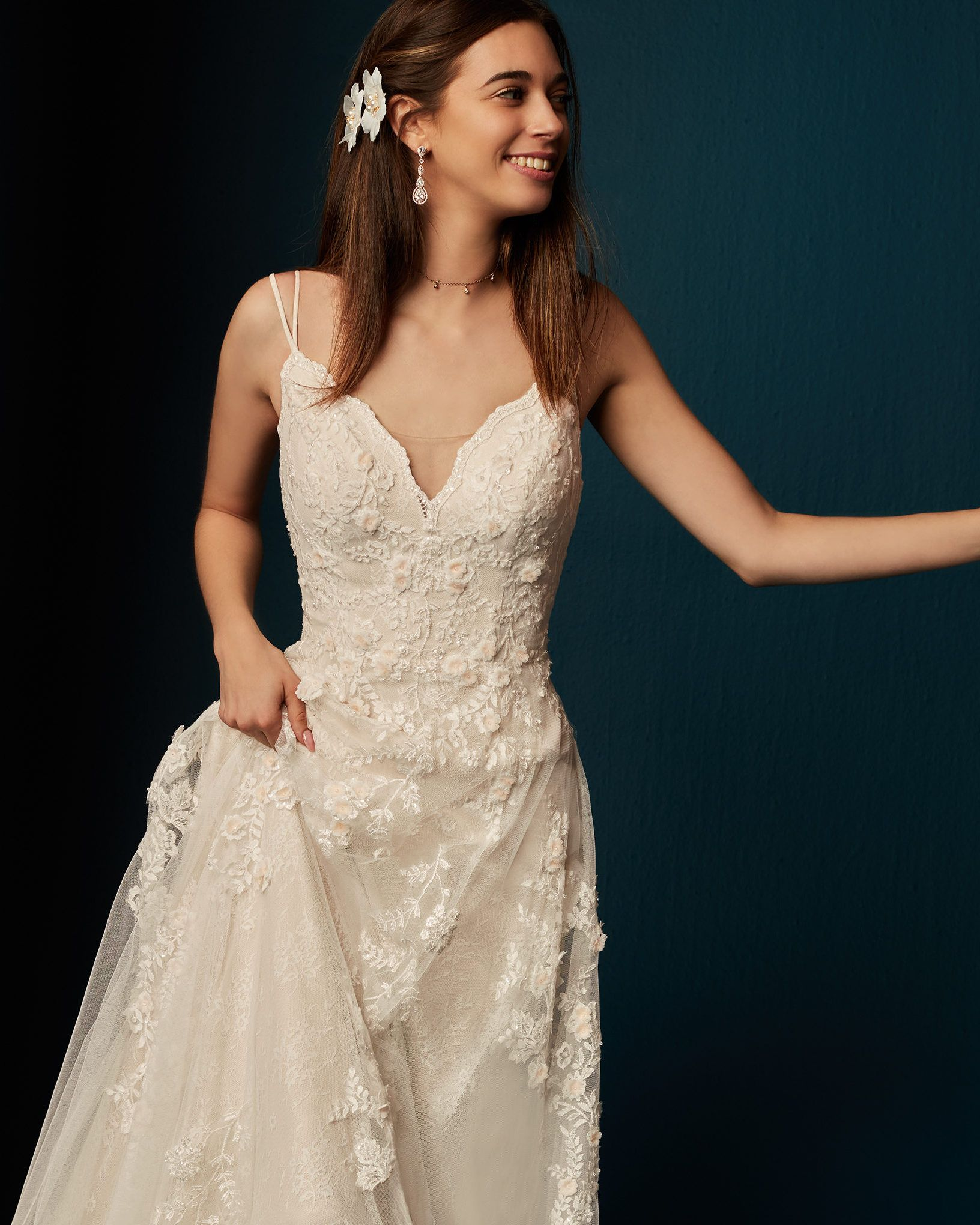 Rewear Your Wedding Accessories In 2020 Wedding Dress Accessories Wedding Dresses Dress Accessories