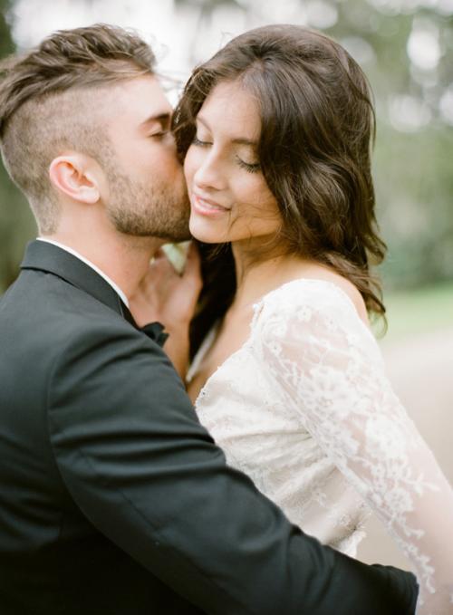 How to caress a man romantically