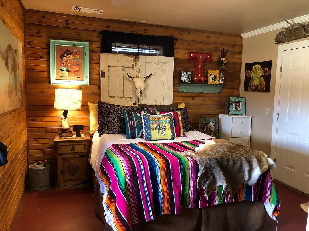Best DIY Farmhouse Dorm Room Design Ideas 13 images