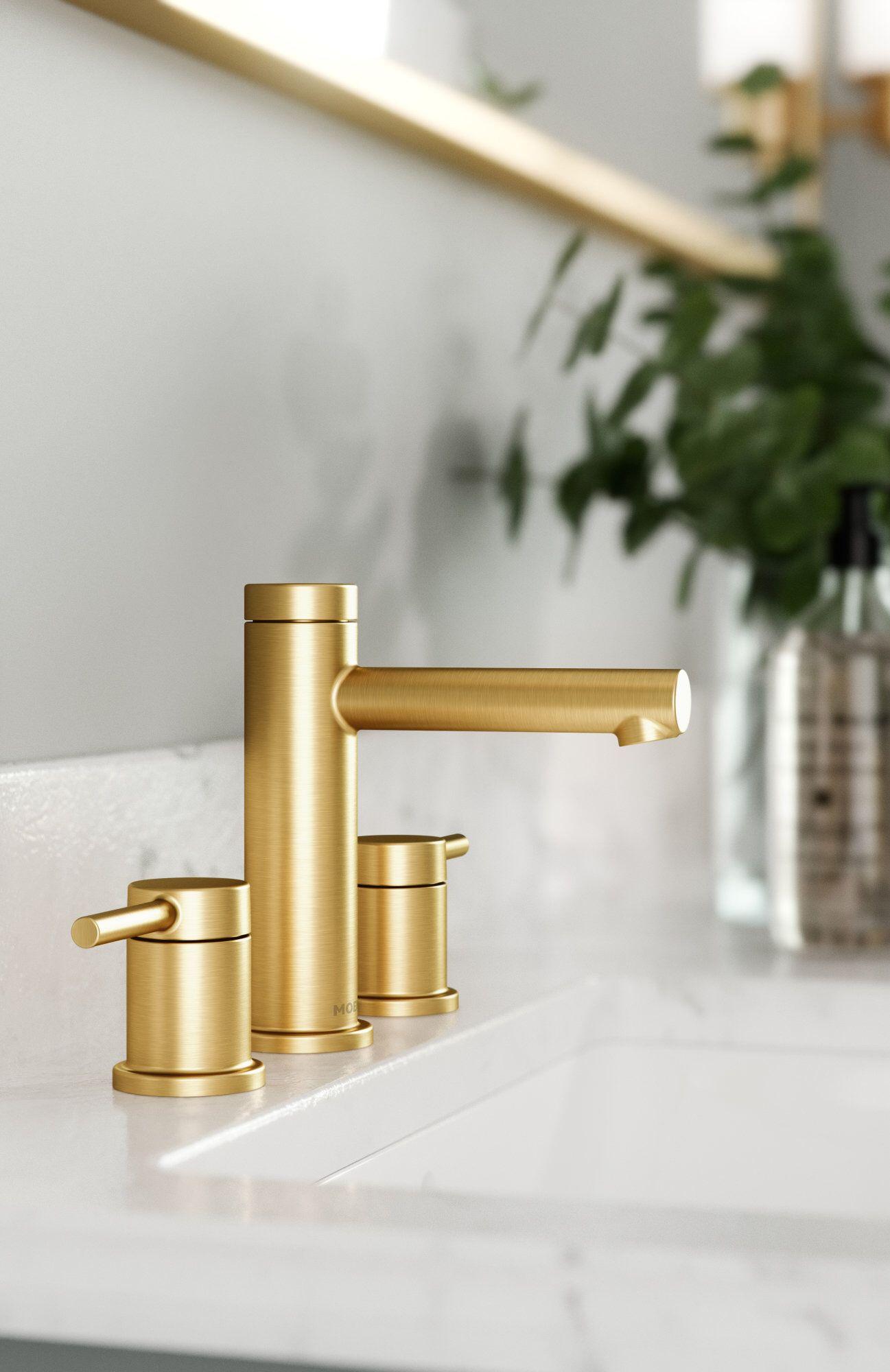 Align Widespread Bathroom Faucet Widespread Bathroom Faucet Bathroom Faucets Bathroom Sink Faucets [ 2000 x 1297 Pixel ]