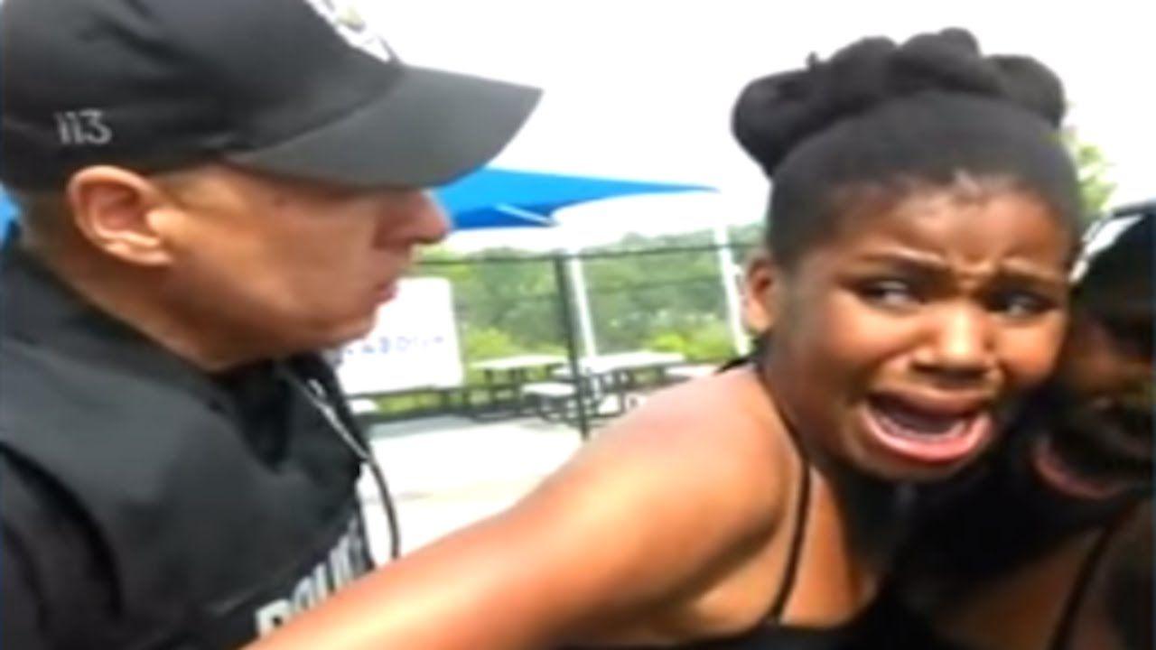 Chicas negras siendo folladas por el chico blanco
