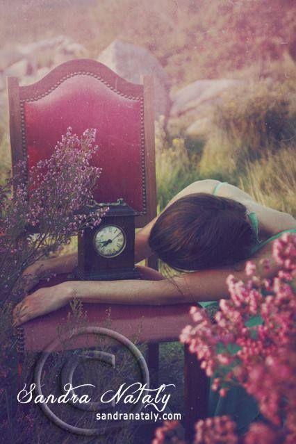 يا أيها الموتى بلا موت تعبت من الحيـاة بلا حيــاة وتعبت من صمتي ومن صوتي تعبت من الروايــة والـرواة سميح القاسم Beautiful Photo Photo Beautiful