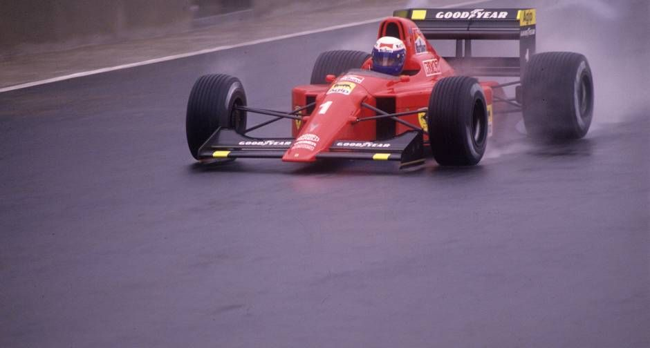 Hegemonia. Alain Prost, grande rival dos pilotos brasileiros, na sua sexta vitória seguida em GPs do Brasil de F-1, desta vez em Interlagos   http://acervo.oglobo.globo.com/fotogalerias/idolos-de-interlagos-16137067