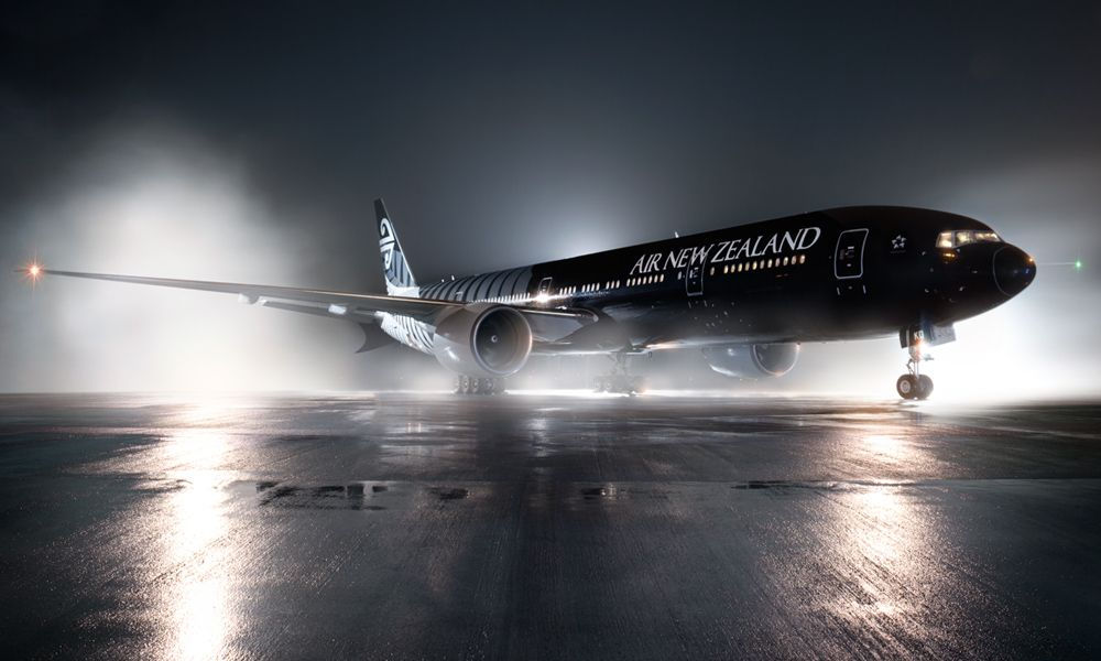Air New Zealand Boeing 777-319ER ZK-OKQ at the dramatic