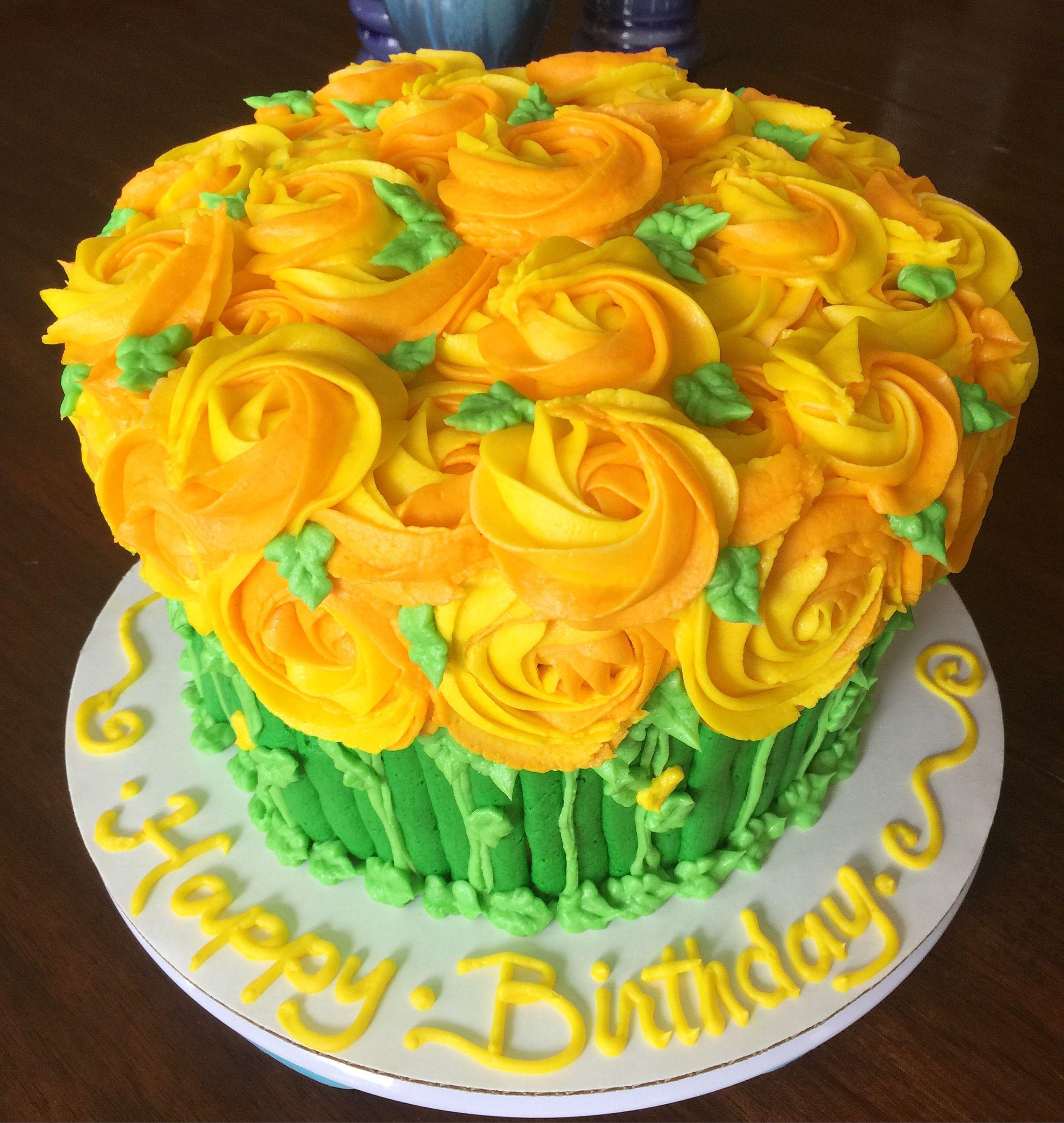 Yellow roses cake | Rose cake, Cake, Buttercream icing