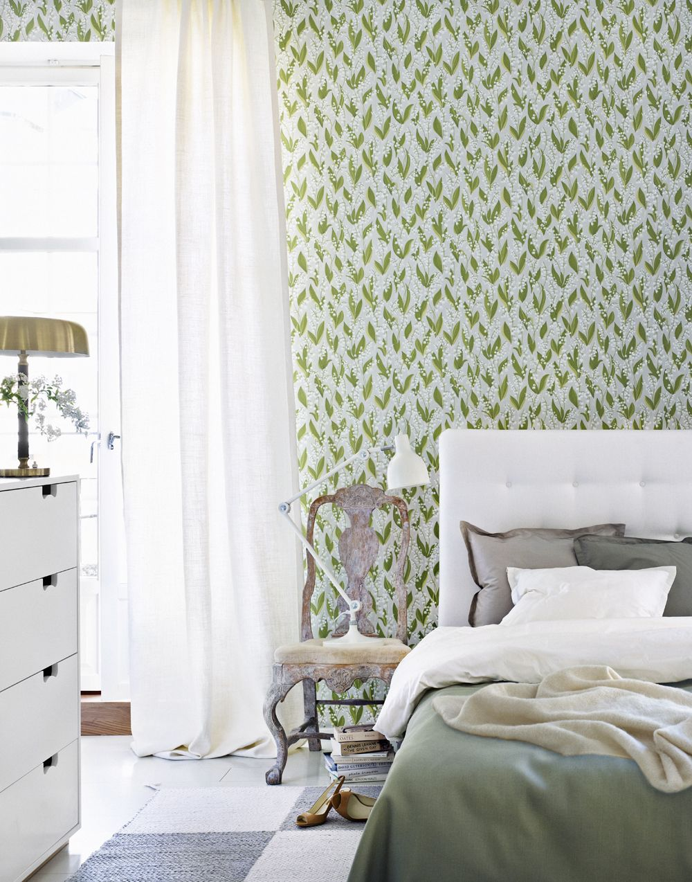 lily of the valley wallpaper from Sandberg. Move over, Farrow & Ball. Brace yourself, @Anna Provini Williamson.
