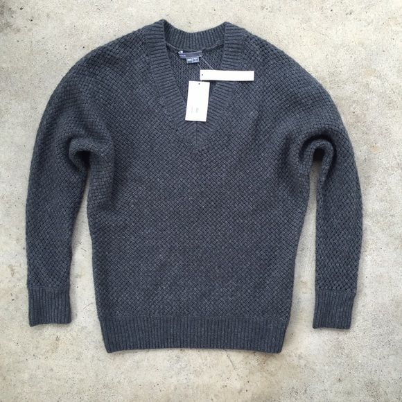 Vince Wool & Cashmere Sweater NWT | Cashmere sweaters, Cashmere ...