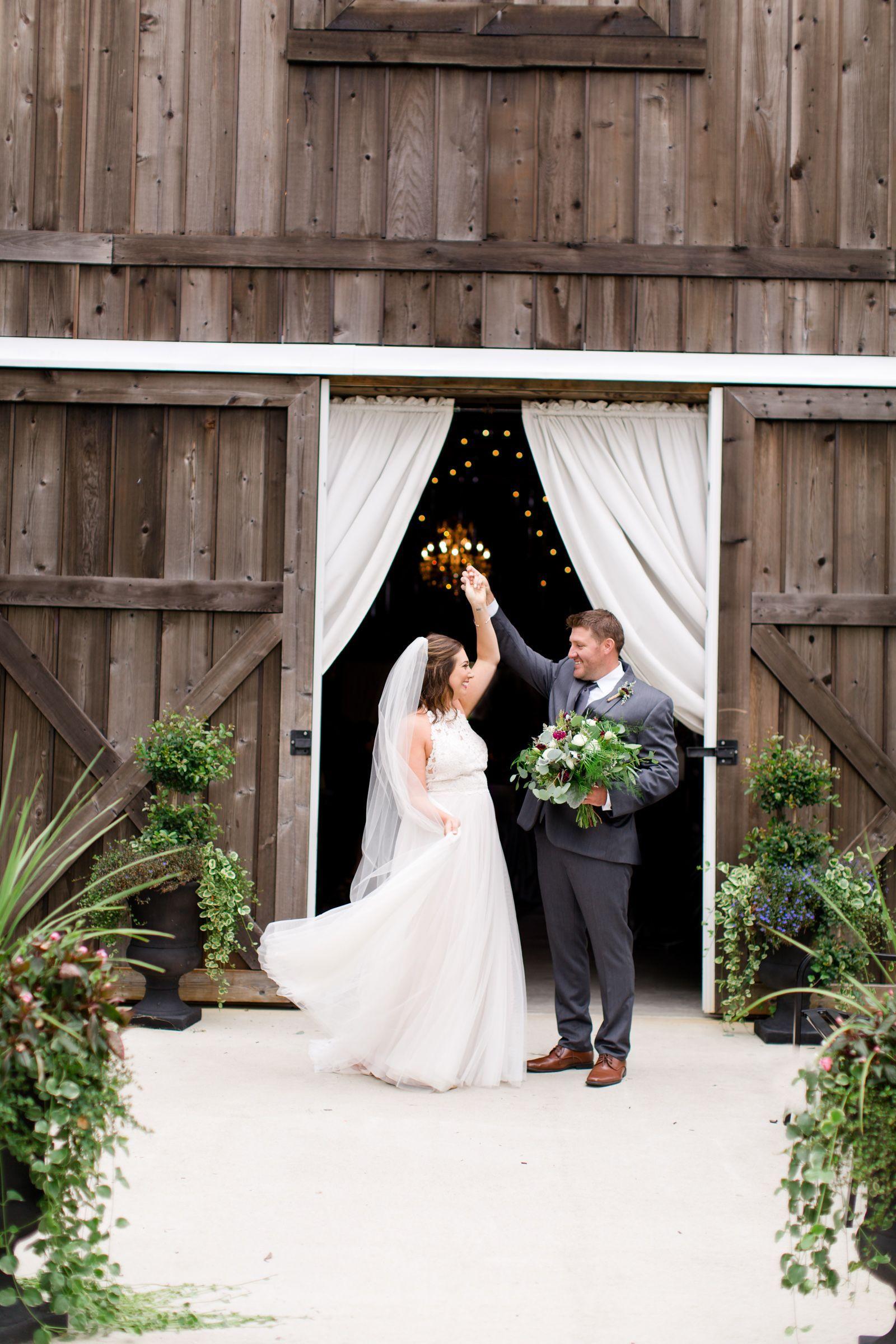 The Barn at Kennedy Farm Wedding, Indiana barn venue ...