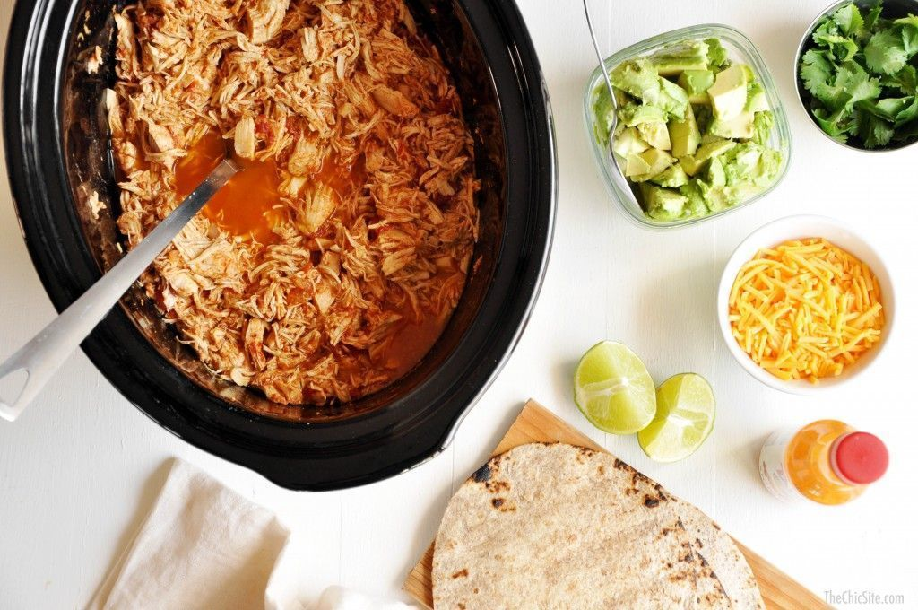 Slow-Cooker Shredded Chicken Tacos #shreddedchickentacos
