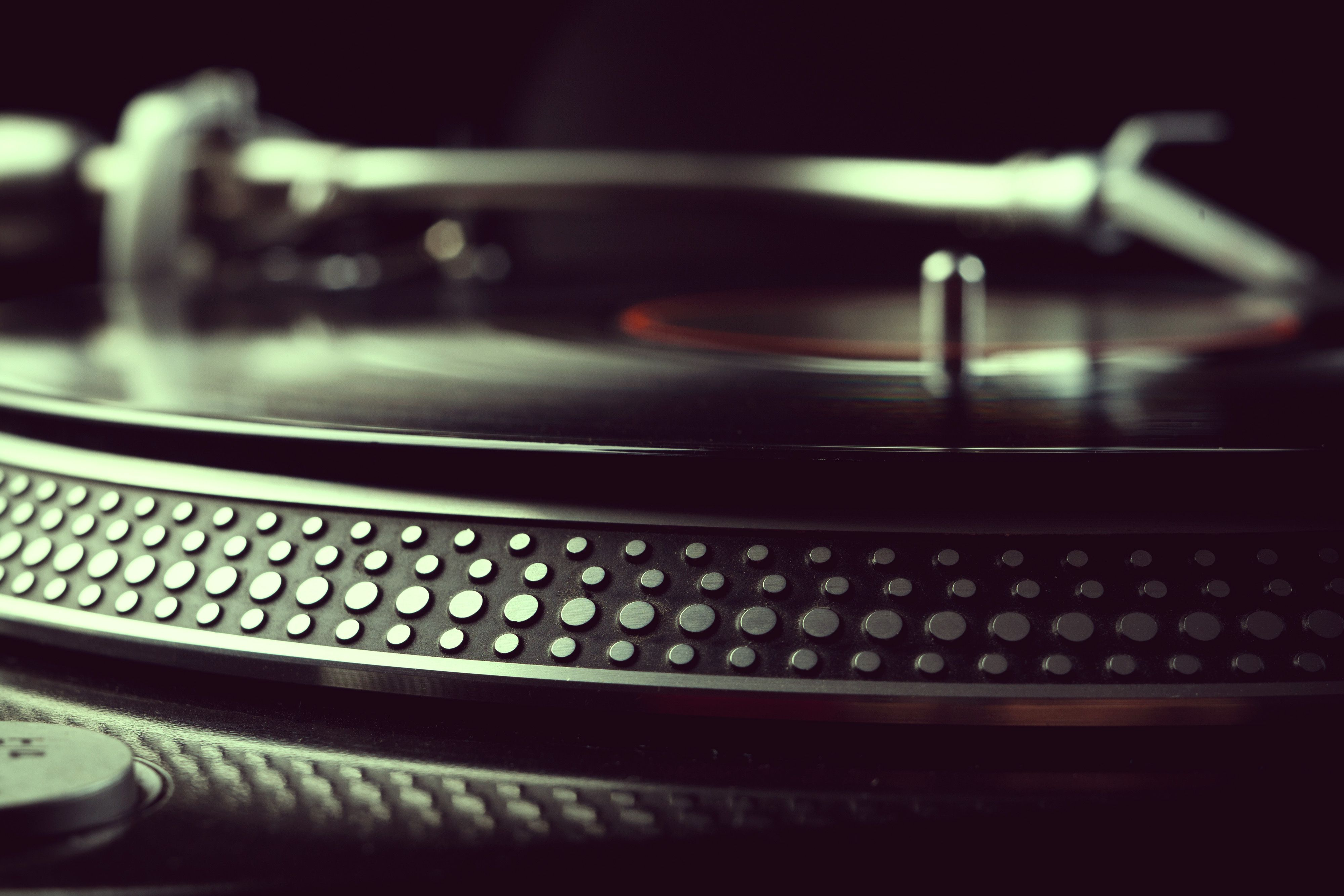 Images For Vinyl Record Player Wallpaper Vinyl Music Music Wallpaper Vintage Music