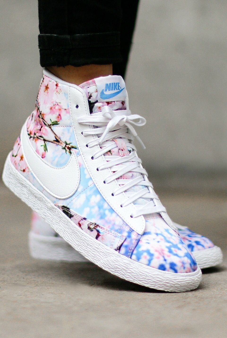 new style 66335 ad21b Nike Blazer Mid  Sakura  Dope af