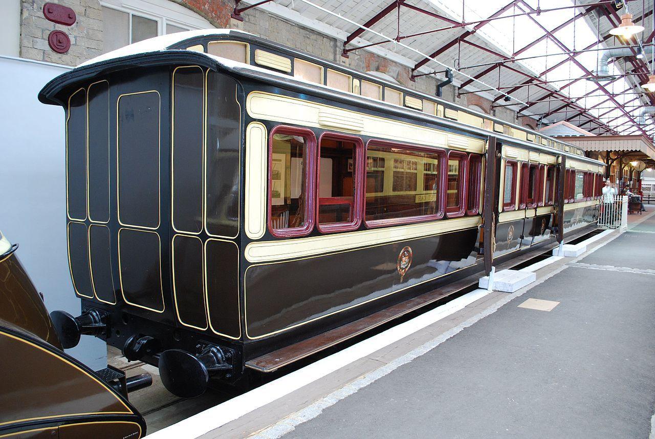 GWR Queen Victorias Royal Saloon No.233 (6777407557) - Coaches of ...