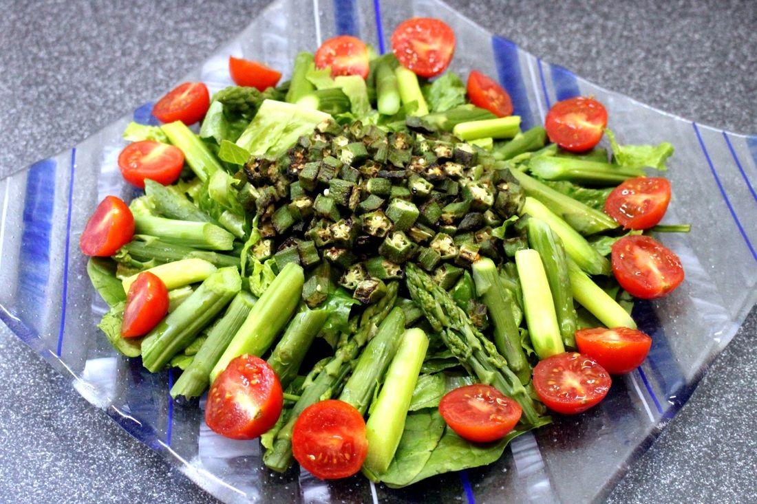 Green Salad with light Salad Sauce