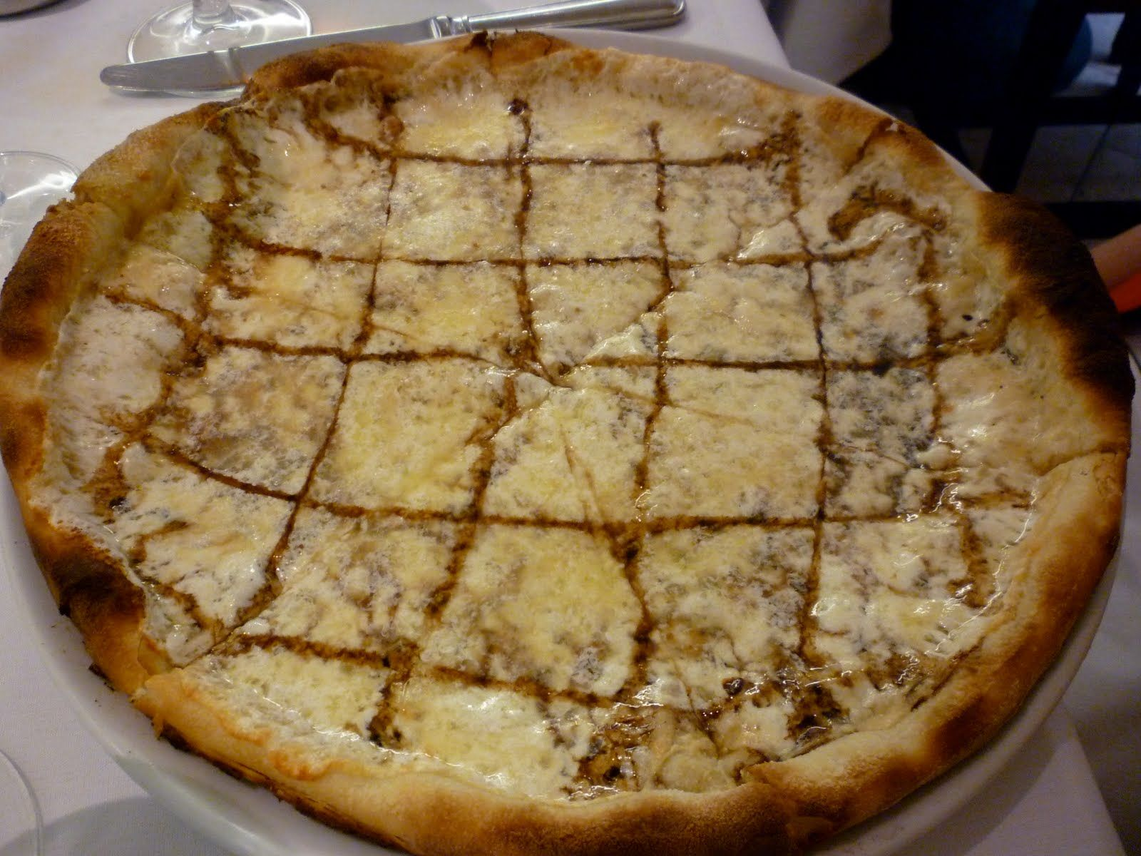 Pizza for Ladies Who Lunch: Emilia Romagna pizza from Fred's at Barney's...eat this AFTER you try on jeans...