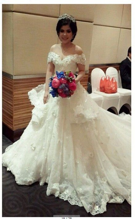 Vestido De Noiva Tulle Lace Appliques V-Neck A-line Floor Length Glamorous Wedding Dress Short Sleeves Free Shipping NA773