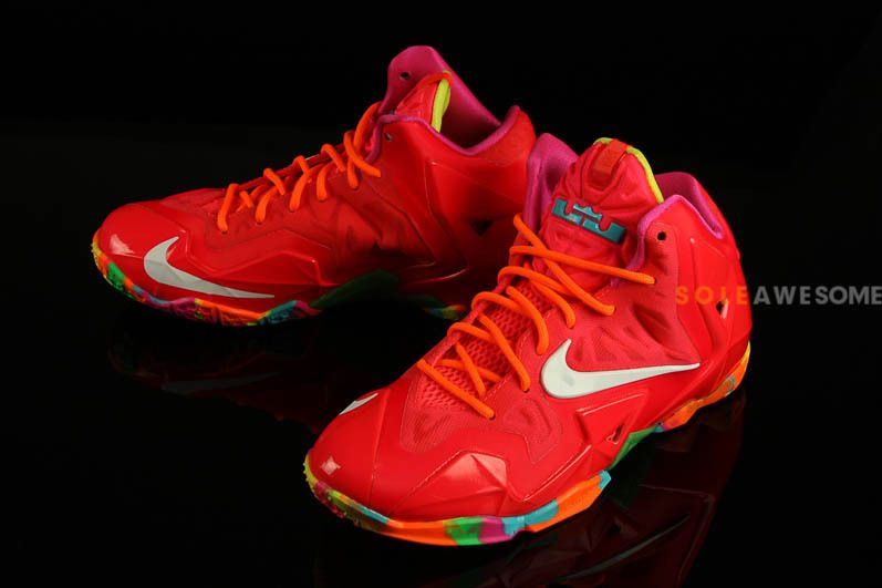 d0989277eec Nike LeBron XI GS - Bright Red