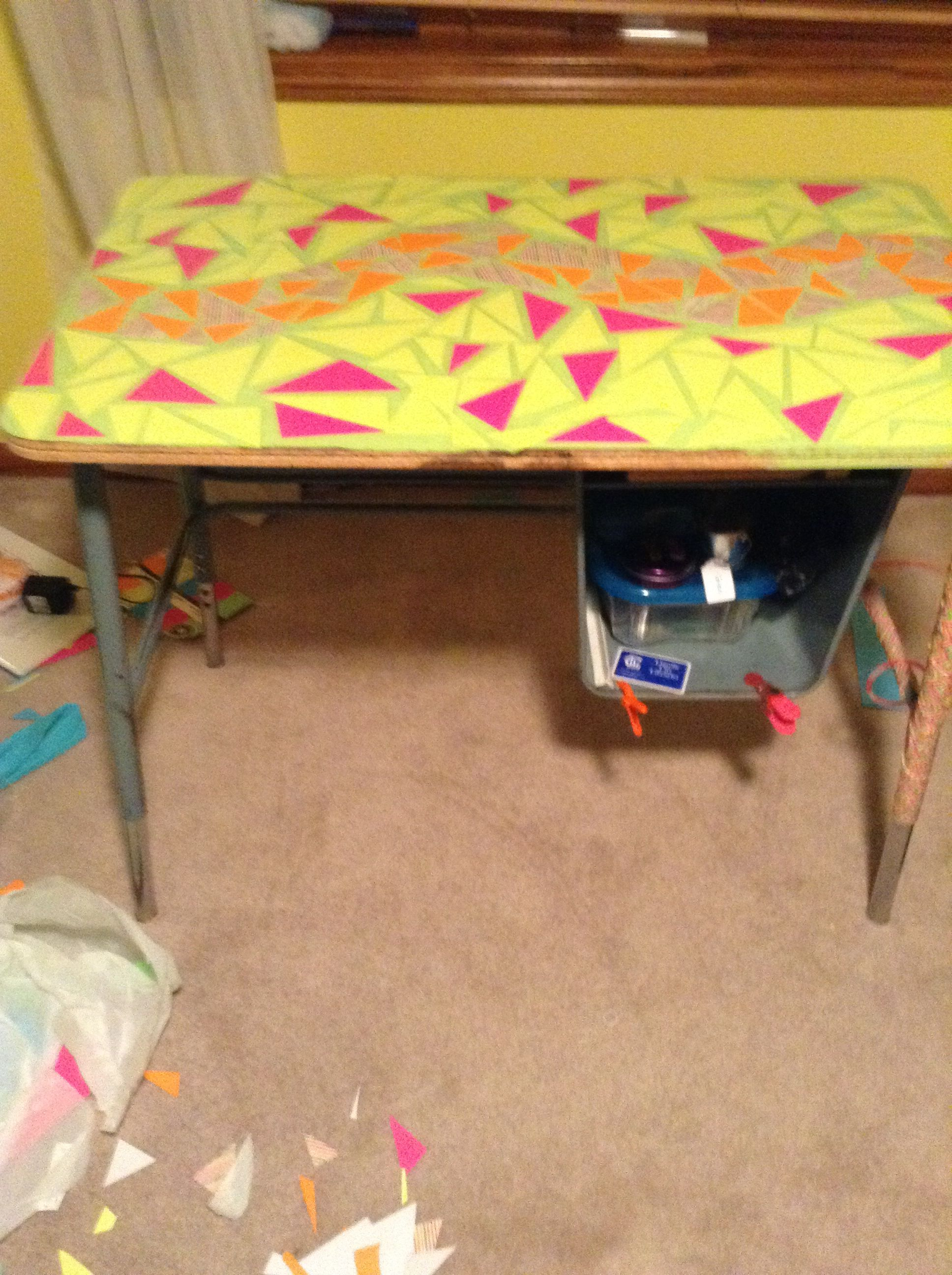 DIY mosaic desk. Get an old desk, paint a background, add cut up paper, and put contact paper over it all. We did it in one day!