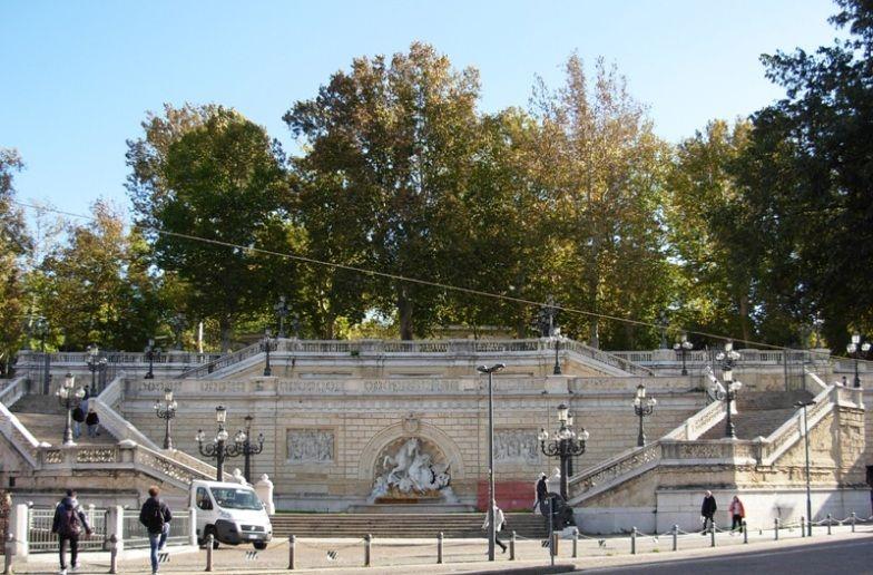 Scalinata Del Pincio Parco Della Montagnola Monumenti