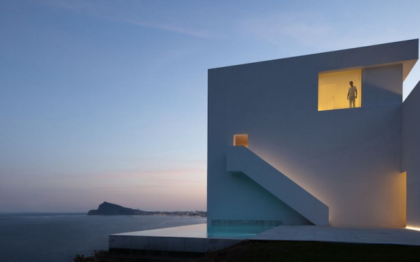 House-on-the-Cliff-03