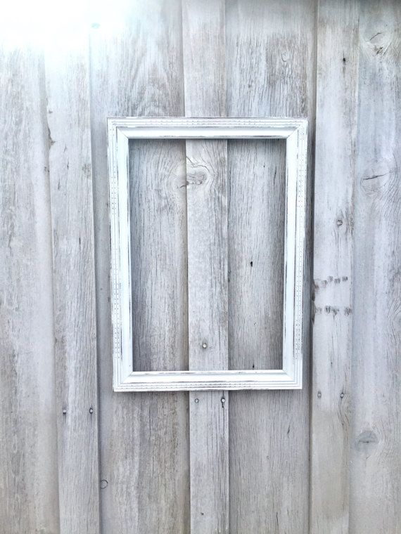 Large shabby picture frame, beautiful detail in matte white ...