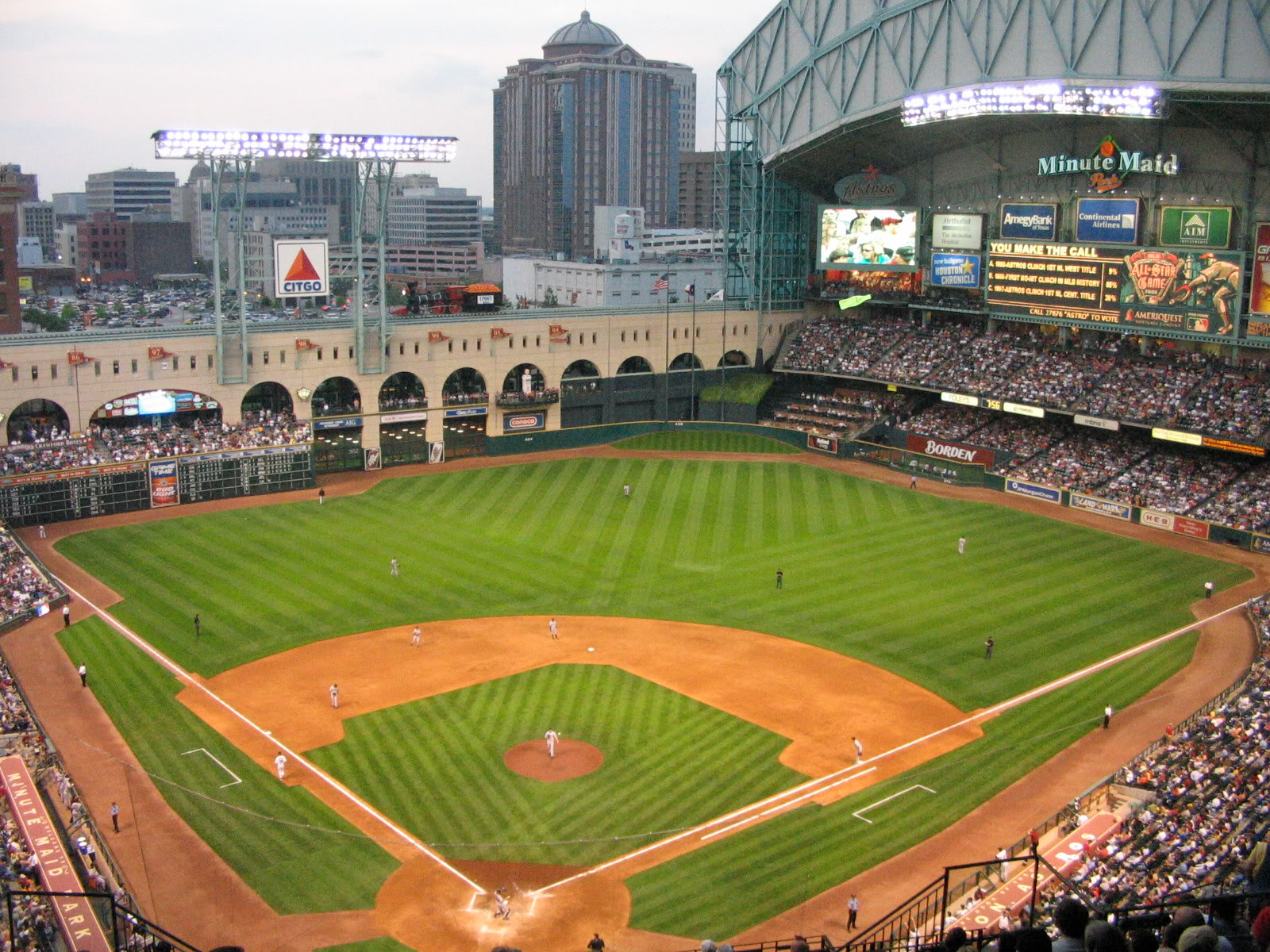 Minutemaid Park Home Of The Houston Astros Minute Maid Park Minute Maid Park Houston Baseball Park